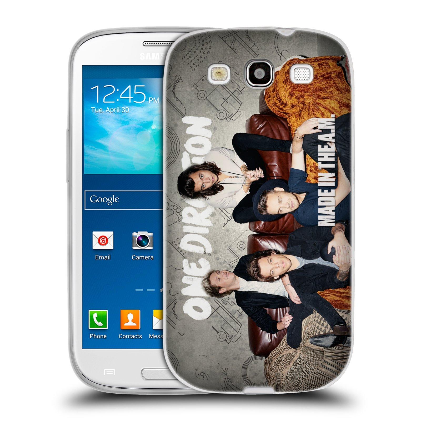 HEAD CASE silikonový obal na mobil Samsung Galaxy S3 chlapecká skupina One Direction gauč