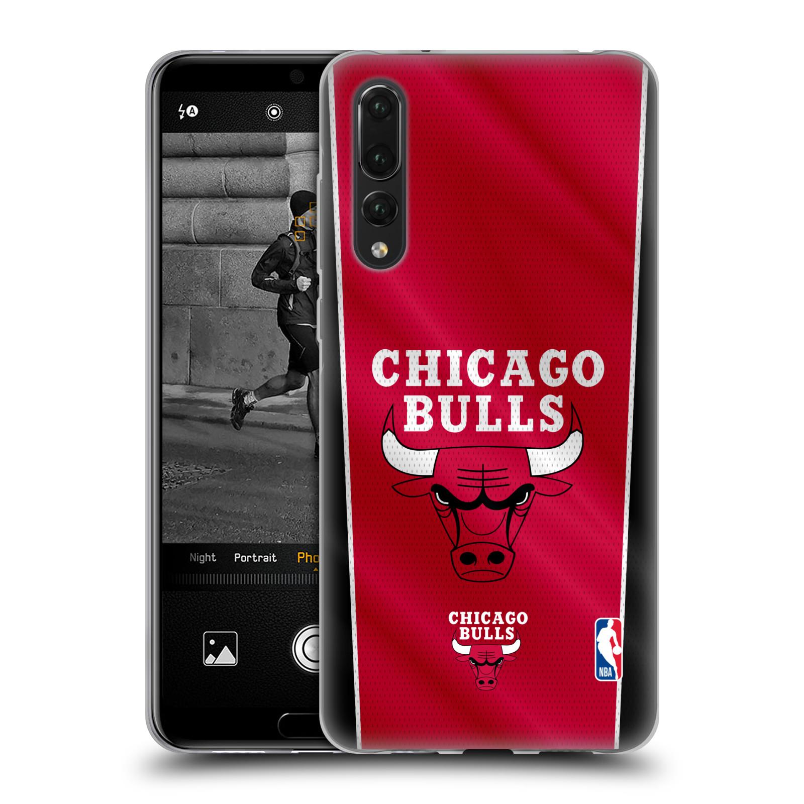 HEAD CASE silikonový obal na mobil Huawei P20 PRO NBA Basketbalový klub Chicago Bulls logo vlajka